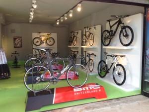 rad-salon / BMC PRO Store Mallorca: Fahrradvermietung im Epizentrum des europäischen Radsports
